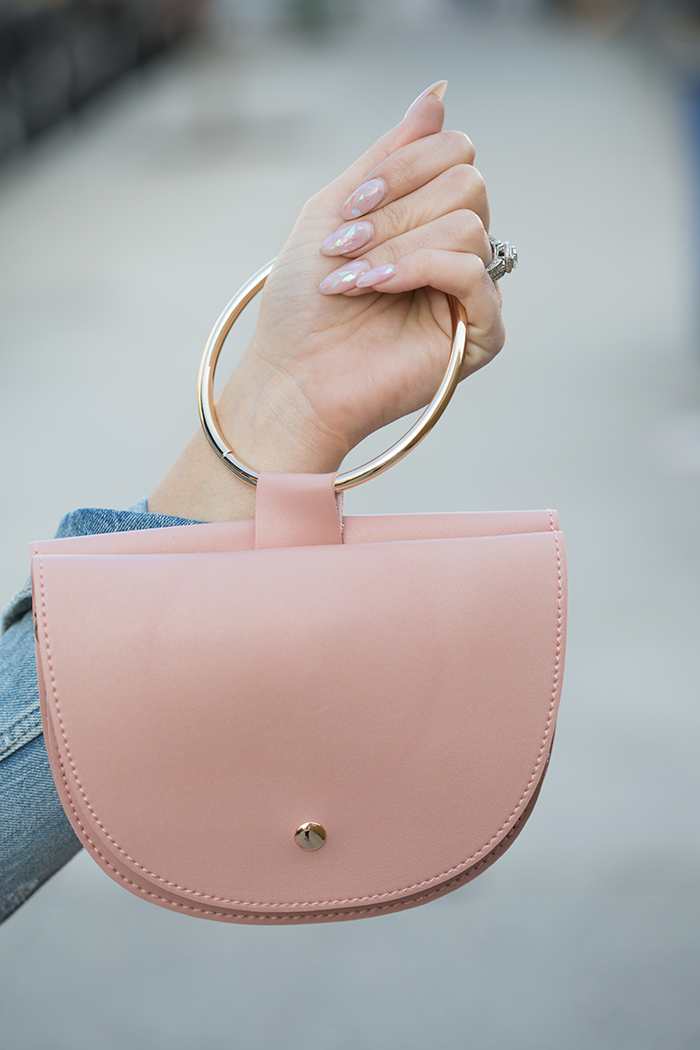 Tiffany-Pinero-Fashion-Stylist-Outfit-Inspiration-For-Sping-Blush-Pink-Ring-Hnadle-Bag-AARAA-Hoboken